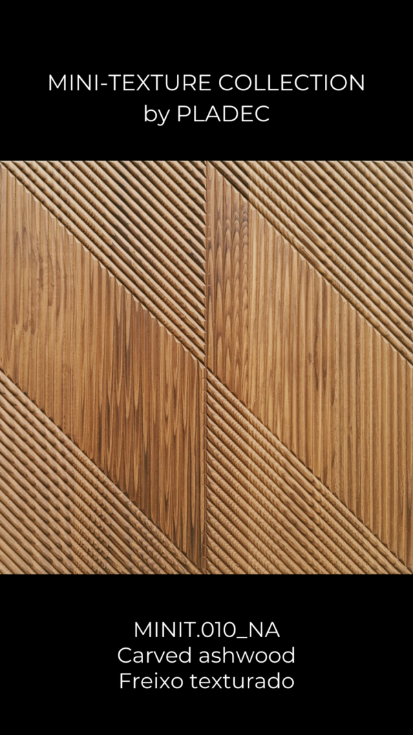 A carved ash-wood panel, with a wood pattern. This wood patterns consists of a tilted wood rectangle, carved horizontally, which contrasts with the other tilted rectangles, which are carved vertically.