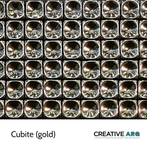 Cubite 3d wall tile - ceramic cubes with round edges. Cubite- um cubo de cerâmica com vértices arredondados.