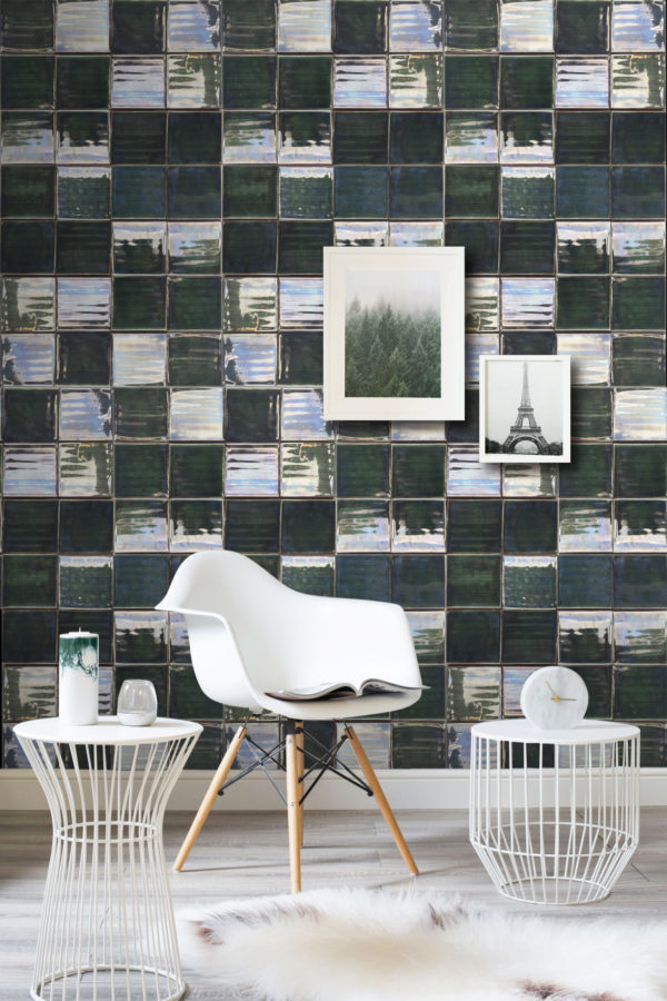 The caldas ceramic tile. A project with a dark green color.